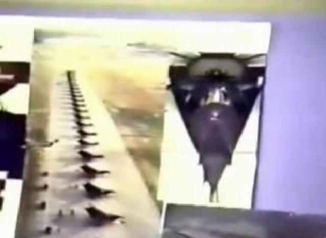 Samoloty pokazane przez Phila na jednym z wykładów kierowane za pomocą myśli.